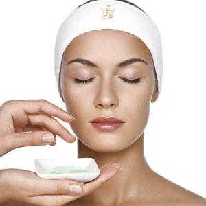 Кремы, гели и сыворотки для лица / Creams, gels and serums for face